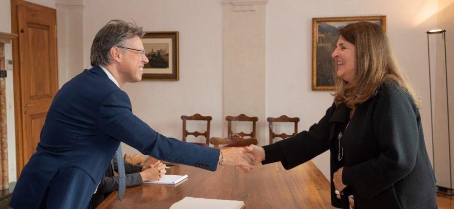 """""""Los valores de la paz y del diálogo"""": a Locarno l'Ambasciatrice del Perù"""
